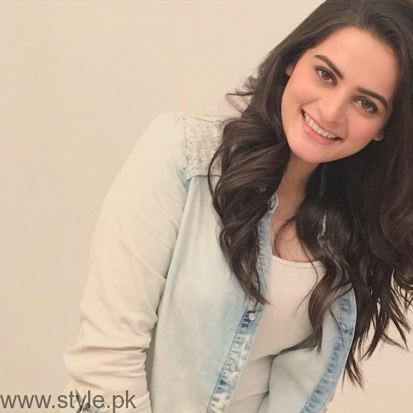 Aiman Khan's Profile, Pictures and Dramas (18)