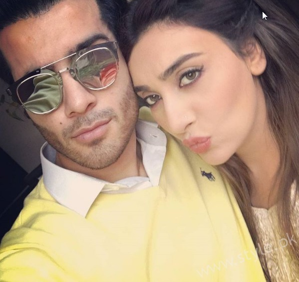 Ayesha Khan and Feroze Khan is a new on Screen couple (3)