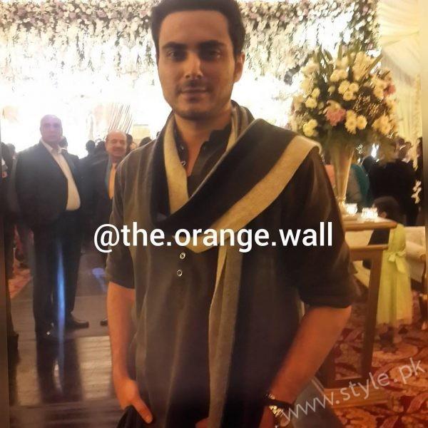Celebrities at Urwa Farhan Wedding (18)