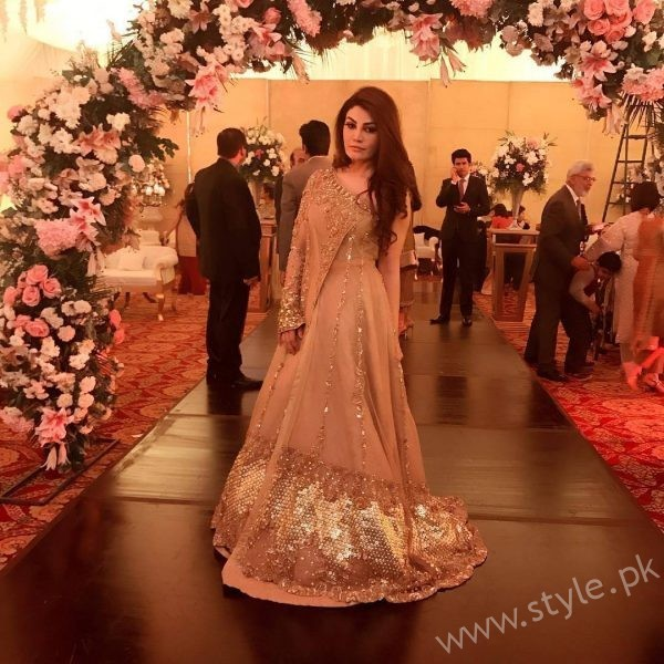 Celebrities at Urwa Farhan Wedding (3)