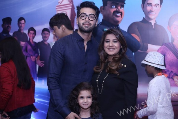 Fahad Mustafa with Wife and Son at 3 Bahadur Premier