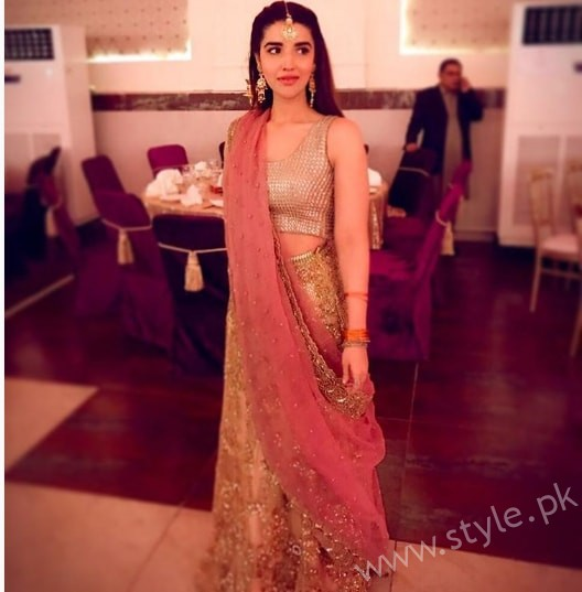 Hareem Farooq at her friend's Wedding (3)