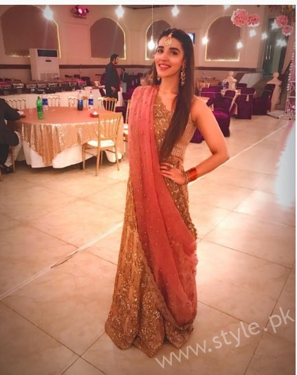 Hareem Farooq at her friend's Wedding (7)