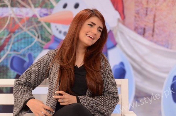 Momina Mustehsan Good Morning Pakistan Show Pictures (12)