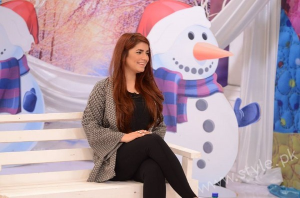 Momina Mustehsan Good Morning Pakistan Show Pictures (5)