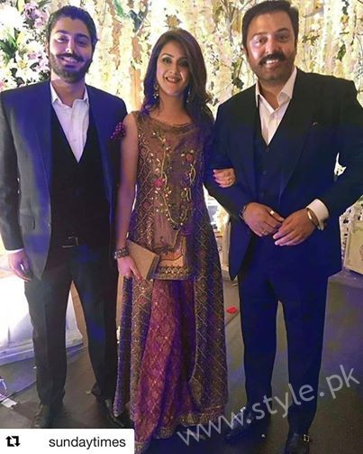 Noman Ijaz with Wife Rabia Noman and Son Zaviyaar Noman at Urwa Farhan Wedding