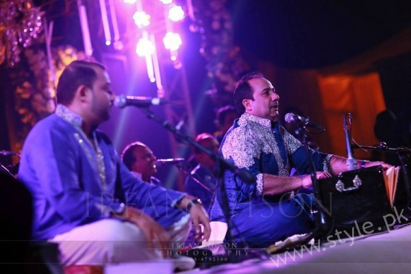 Rahat Ali Performance at Malik Riaz's Grand Daughter Wedding