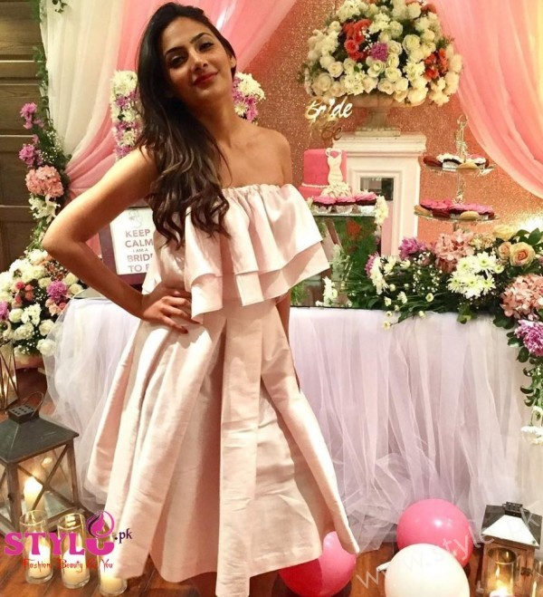 Sarah Aizad at Urwa Hocane's Pink Bridal Shower