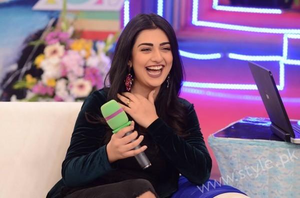 Sarah Khan and Agha Ali in Good Morning Pakistan (2)