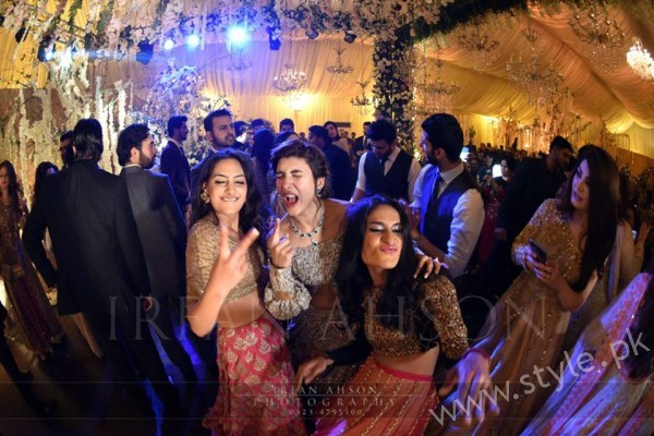 Urwa Farhan Wedding Pictures (14)