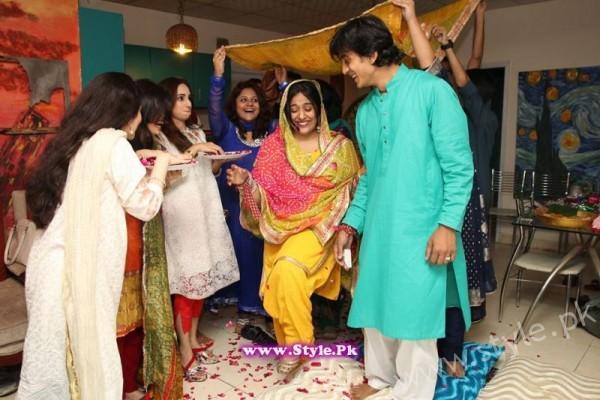 Yasra Rizvi Mehndi Pictures (5)