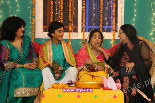 Yasra Rizvi Mehndi Pictures (8)