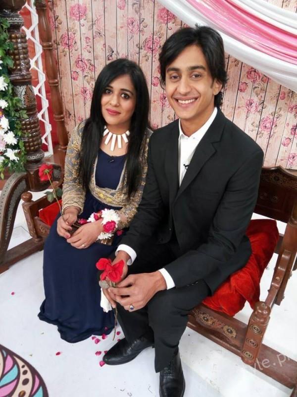 Yasra Rizvi and Abdul Hadi in Sanam Baloch Show