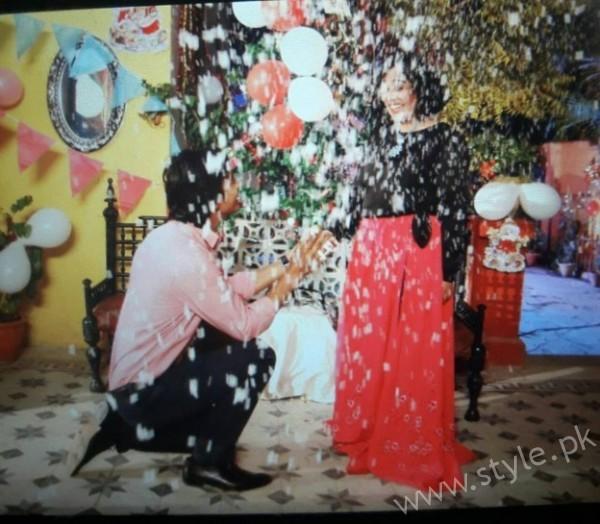 Yasra Rizvi's Engagement Pictures (12)