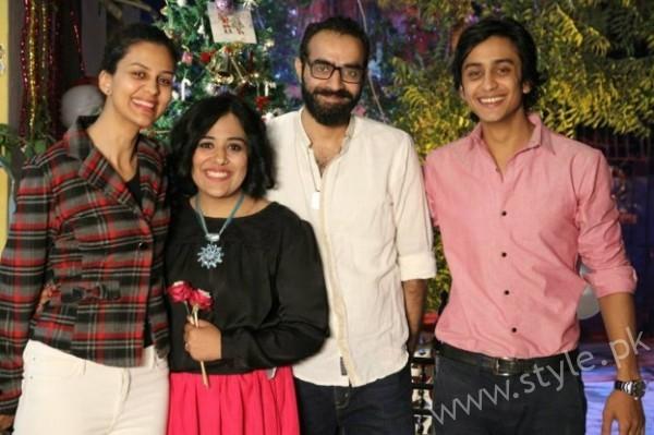 Yasra Rizvi's Engagement Pictures (8)