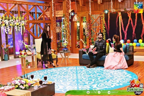 Agha Ali and Sanam Chaudhry in Jago Pakistan Jago (11)