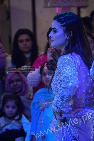 Aiman Khan Muneeb Butt Photoshoot on Engagement (5)