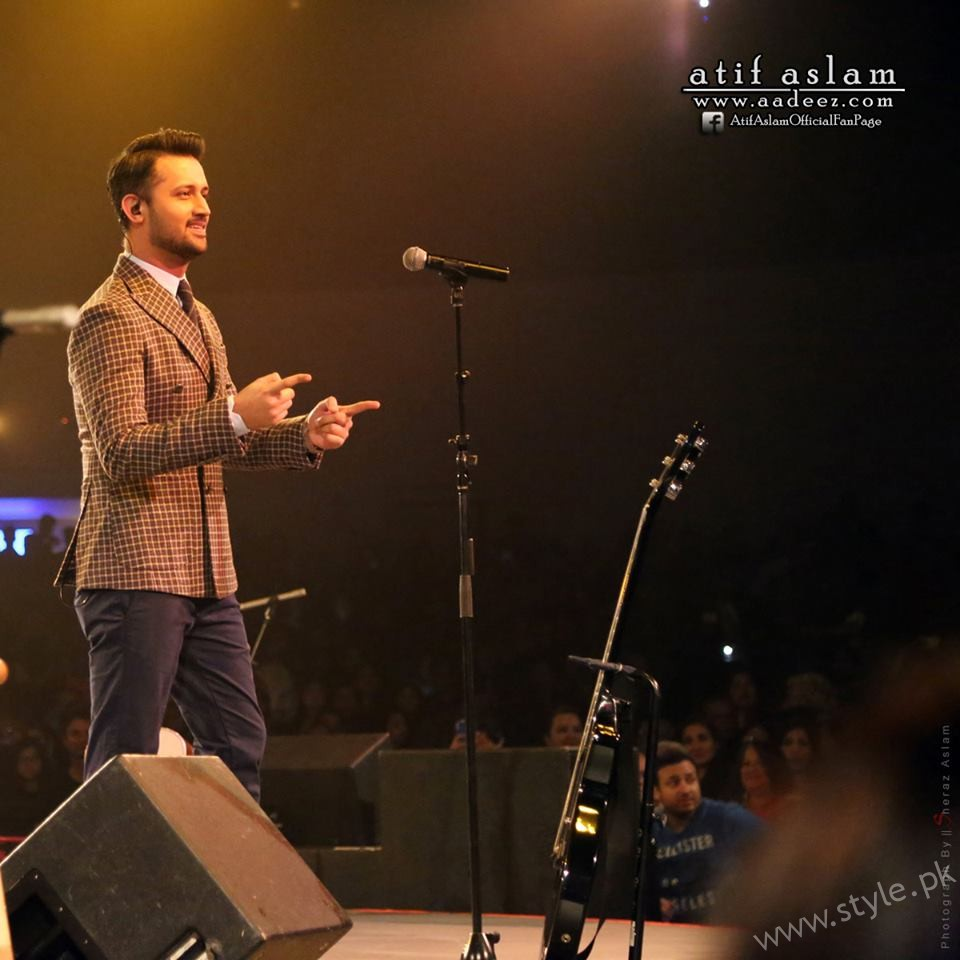 Atif Aslam -Pakistani Celebrities at Filmfare 2017