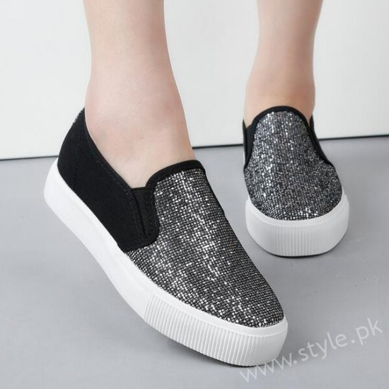 Canvas Shoes for Men, Women and Girls in Pakistan (4)