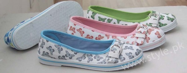Canvas Shoes for Men, Women and Girls in Pakistan (5)