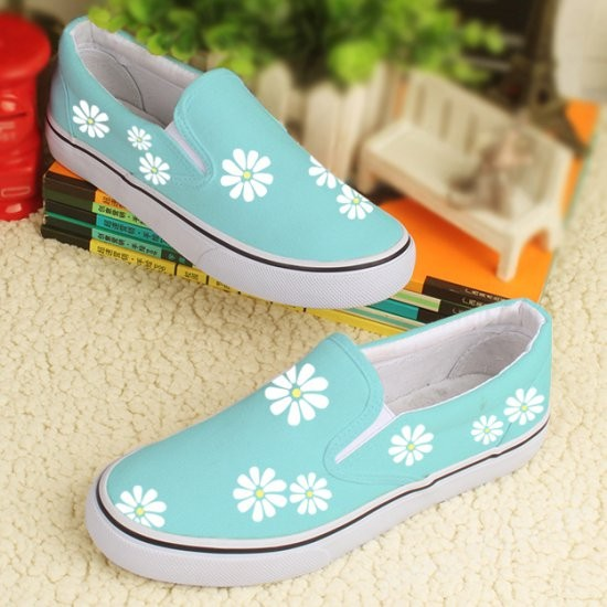 Canvas Shoes for Men, Women and Girls in Pakistan (6)