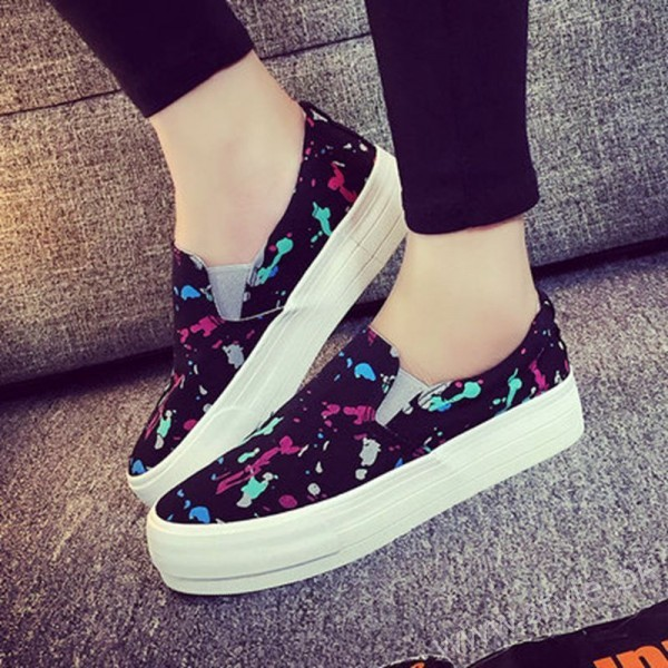 Canvas Shoes for Men, Women and Girls in Pakistan (8)