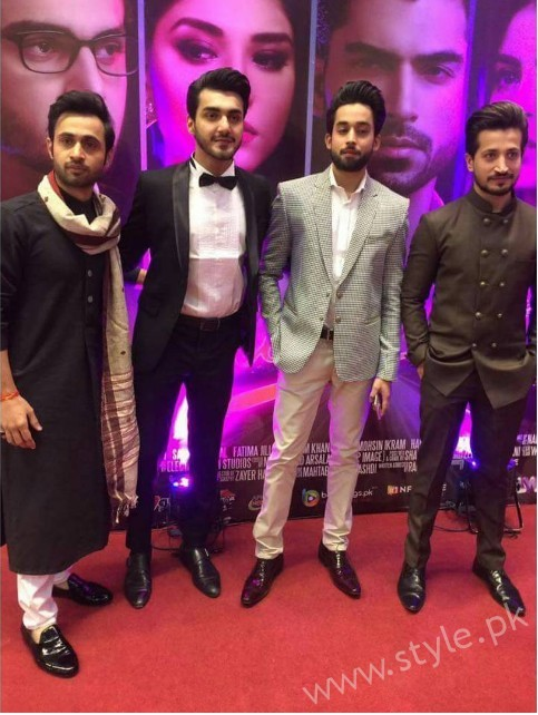 Celebrities at Premiere of Thora Jee Le (4)