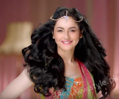 Hania Aamir Tells How To Style Your Hair This Wedding - Beautiful Wedding Hairstyles