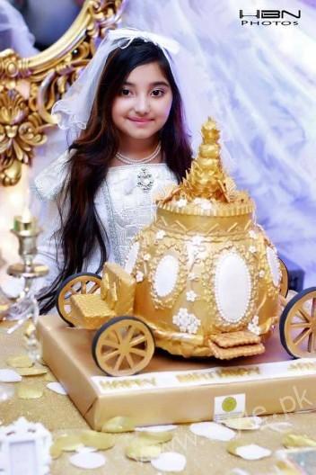 Javeria Saud's Daughter Jannat's Birthday Pictures  (3)