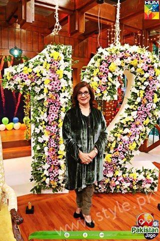 Kubra Khan, Sarah Khan, Iqra Aziz and Sonya Hussain at 12 Anniversary of HUM TV (12)