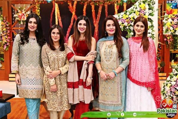 Kubra Khan, Sarah Khan, Iqra Aziz and Sonya Hussain at 12 Anniversary of HUM TV (20)