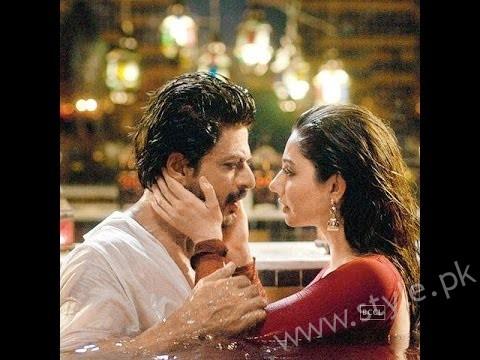 Mahira Khan and Shahrukh Khan's Chemistry in Raees gives us Major Love Goals (3)