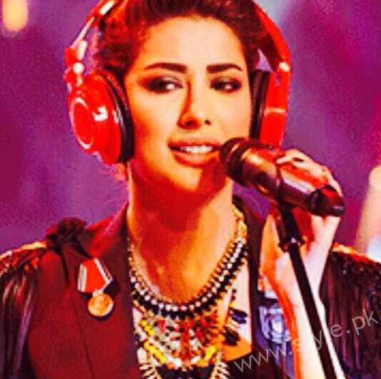 Mehwish Hayat - Pakistani Actors turned Singers