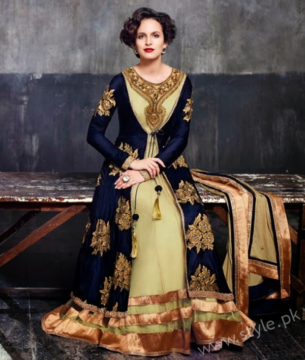 New gown style dresses in Pakistan (11)