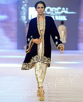 New gown style dresses in Pakistan (17)