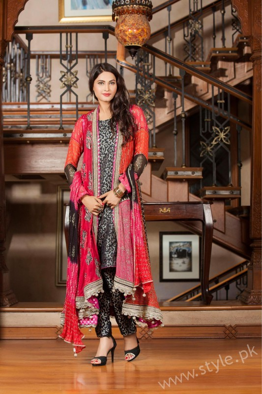 New gown style dresses in Pakistan (6)
