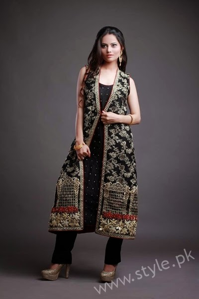 New gown style dresses in Pakistan (7)