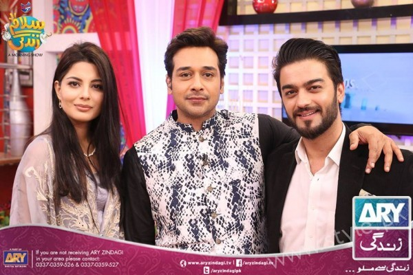 Newly Wed Couple Ahmad Zeb with his wife in Salam Zindagi (2)
