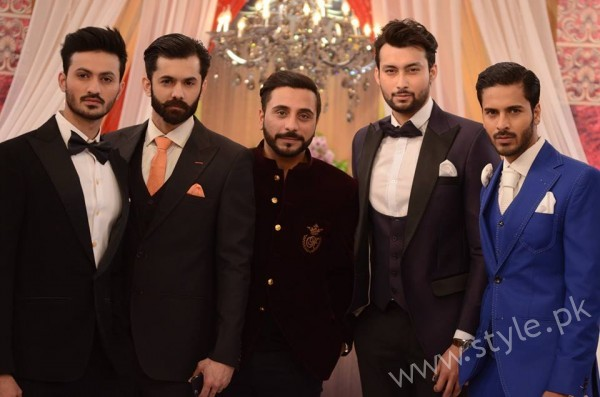 Pakistani Bride's and Groom's Fashion Trends (25)