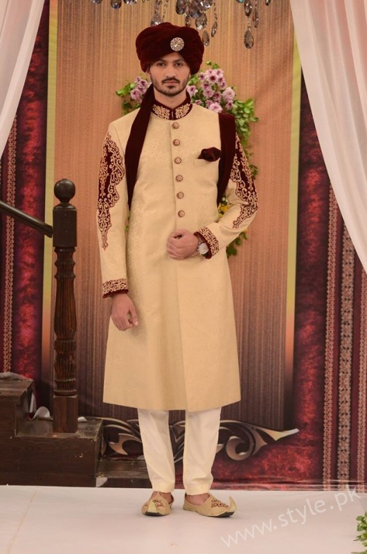Pakistani Bride's and Groom's Fashion Trends (9)