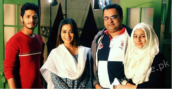 Pictures of Indian Actress Sara Khan from Set of her drama Laikin (13)
