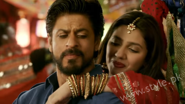 Shah Rukh Mahira In Raees