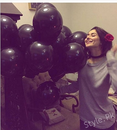 See Hania Amir's 20th Birthday Celebrations - Hania Amir Birthday Pictures