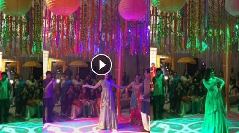 Saba Qamar Dance