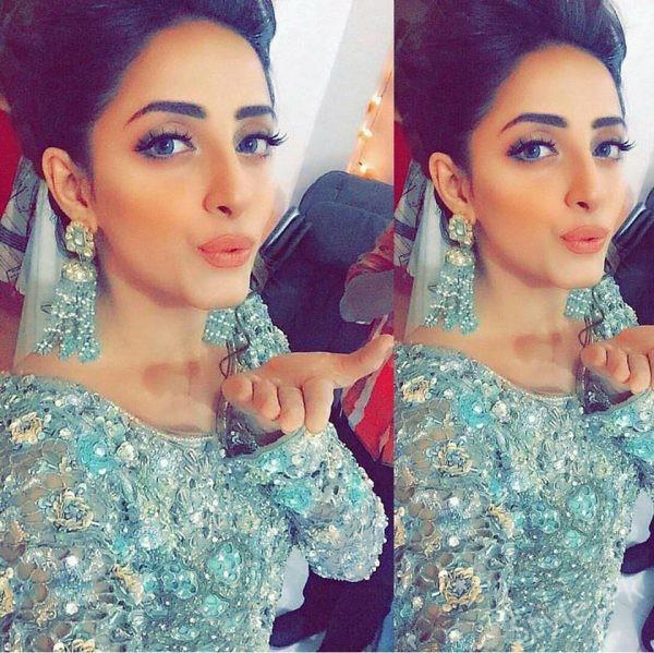 Very hot pakistani actress sofia ahmed scandal clear urdu - 2 4