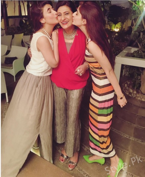 See Hocane sisters spotted at Saba Hamid's birthday