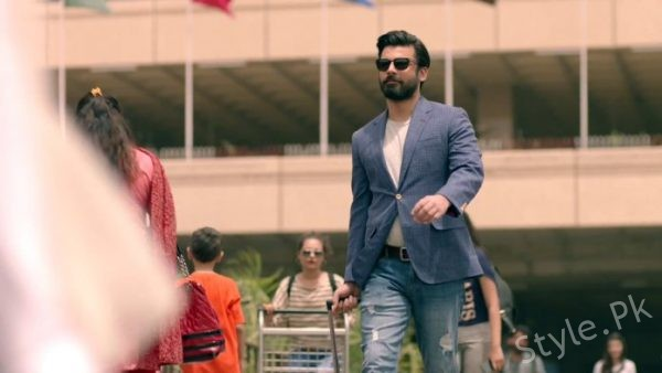 see Fawad Khan Creates Frenzy In India Here's Why!