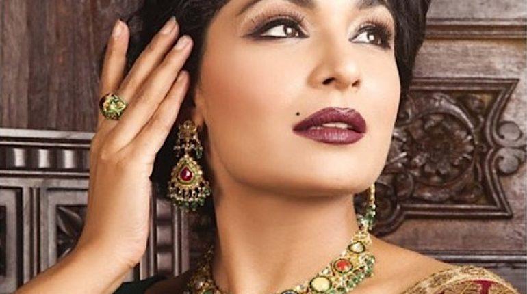 See Meera Announced to Contest Against Pakistan Tehreek e Insaaf