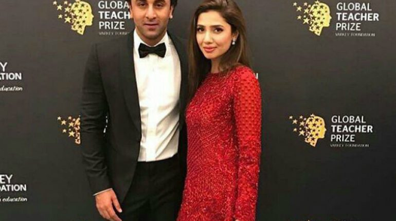 See Indian Media Claimed that Mahira Khan and Ranbir Kapoor are dating