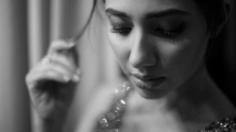 See Latest Beautiful Shoot of Mahira Khan